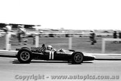 68569 - P. Rodriguz -  BRM V12 - Sandown Tasman Series 1968 - Photographer Peter D Abbs