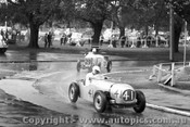 57516 - L Duckett Jowett Special  / 29 J Maurer MG Albert Park 1957 - Photographer Peter D Abbs