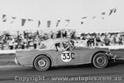 62414 - J Abbott - Daimler - 9/9/1962 - Calder - Photographer Peter D Abbs