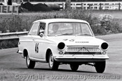 66070 -  R. Woods - Ford Cortina GT - Warwick Farm 4th December 1966 - Photographer Lance J Ruting