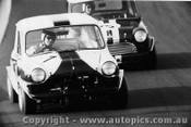 68100a - J Leffler - Morris 850 - D Holland - Mini S - 1968 - Oran Park - Photographer David Blanch