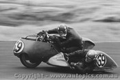 72307 - A Harris - Passenger  G Thomas - Triumph 650 - 2/1/1972 - Phillip Island - Photographer Peter D Abbs