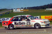 81757 - J. Harvey / V. Schuppan  -  Holden Commodore VC  Bathurst  1981 - Photographer Lance J Ruting