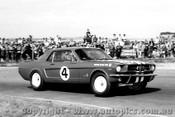 65072 - Norm Beechey - Ford Mustang - Calder 1965 - Photographer Peter D Abbs