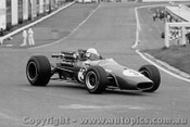 68580 - Phil West Brabham V8 - Sandown 15th September 1968 - Photographer Peter D Abbs