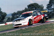 96735 - G. Waldon / M. Noske -  Holden Commodore VR -  Bathurst 1996