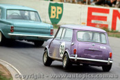 67083 -  B. Wilkinson  Holden EH  / P. Barnes Morris Cooper S -  Oran Park 1967 - Photographer Richard Austin