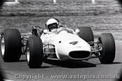 67582 - Frank Gardner  Repco Brabham Alfa V8 -  Warwick Farm 3rd December 1967  - Photographer Lance J Ruting