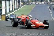 69557 - J. Harvey - Jane Repco V8  / N. Allen - McLaren M4a - Sandown 1969 - Photographer David Blanch