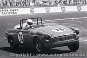 72448 - Matthew Pinter  MG B - 17th August 1972 - Oran Park - Photographer Lance J Ruting
