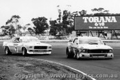 76062 - J. Richards Mustang & B. Jane Holden Monaro - Calder 1976 - Photographer Peter D Abbs
