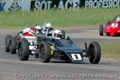 84515 - K. Kleinig Mako & P. Lewis  Rennmax Formula Vee - Oran Park 17th November 1984 - Photographer Lance J Ruting