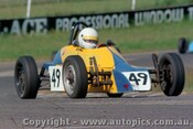 84516 - R. macarthur Onslow Elfin  Formula Vee - Oran Park 17th November 1984 - Photographer Lance J Ruting