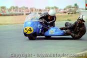 72310 - L. Urquhart & J. Craig   500 Kawasaki - Calder 1972 - Photographer Peter D Abbs