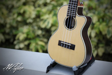 M.Tyler Guitars U-C50C N EQ w/Preamp Concert Ukulele