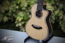 M.Tyler Guitars U-C88C EQ w/ Preamp Concert Ukulele