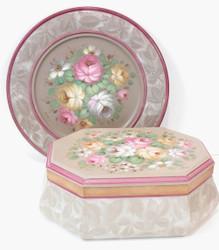 P1025 Soft Floral Study $8.95