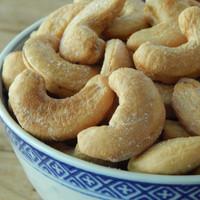 Roasted Jumbo Cashews (Salted) 1 lb.