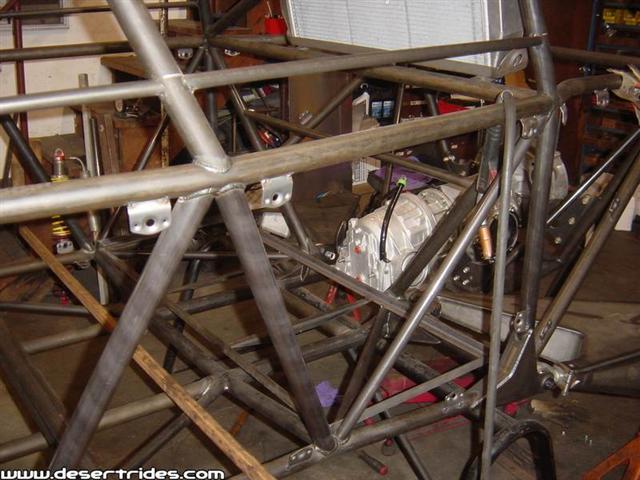 dzus-brackets-on-chassis-photo.jpg