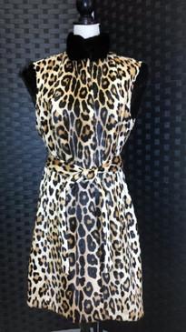 Leopard print kidskin vest with belt and long hair mink trim