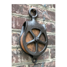 A17112 - Antique Pulley