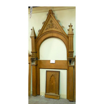 S14003 - Antique Quartersawn Oak Gothic Alter