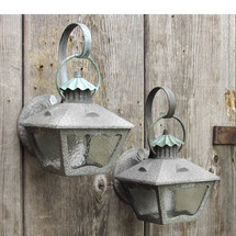 L15142 - Pair of Arts & Crafts Exterior Lantern Sconces