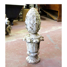 S15028 - Antique Cast Iron Light Post Pineapple Finial