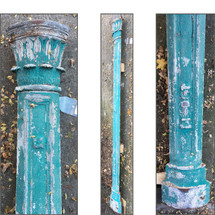 S16031 - Antique Cast Iron  Victorain Corner Post