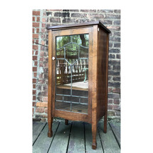 F17050 - Antique Arts and Crafts Cabinet with Leaded Glass Door