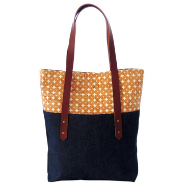 Big Boot Tote in Cork Dots