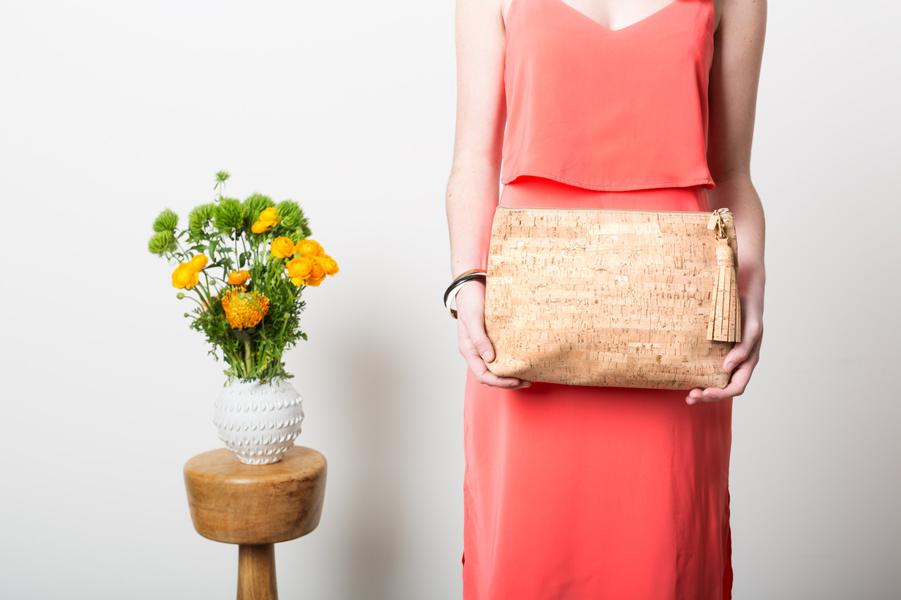 Carryall Clutch in Cork Dash Gold