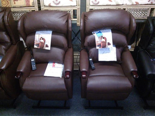 ... LIFT u0026 TILT RECLINER. LEATHER FINISH : lift and tilt recliners - islam-shia.org