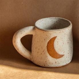 Crescent Mug in White Matte