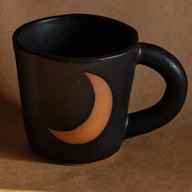 Crescent Mug in Black Matte
