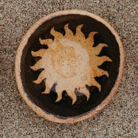 Dark Sunburst Nesting Dish