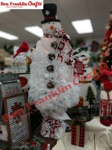 5ft-white-mesh-snowman-tree-watermark.jpg