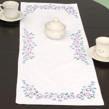 Lavender Flowers Table Runner