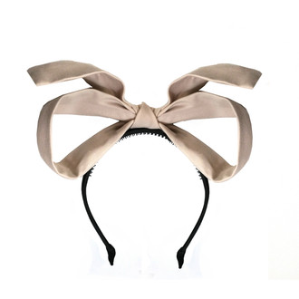 topsy turvy Bow cream