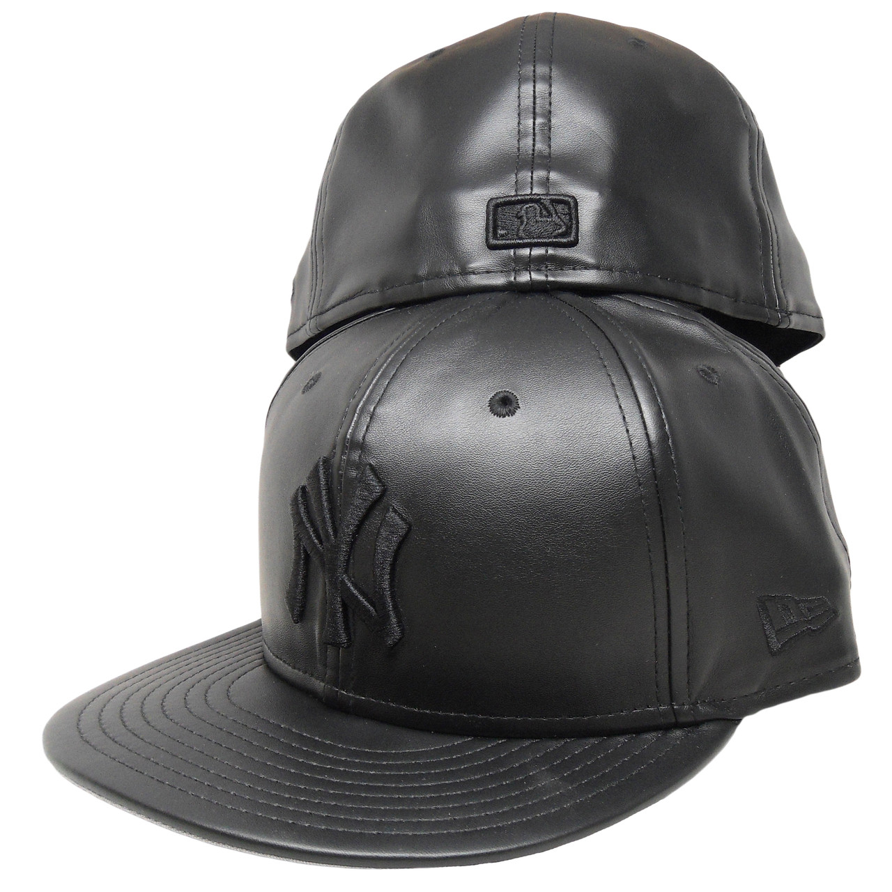 3af258d6fa5 New York Yankees Custom Faux Leather 59Fifty Fitted Hat - All Black ...