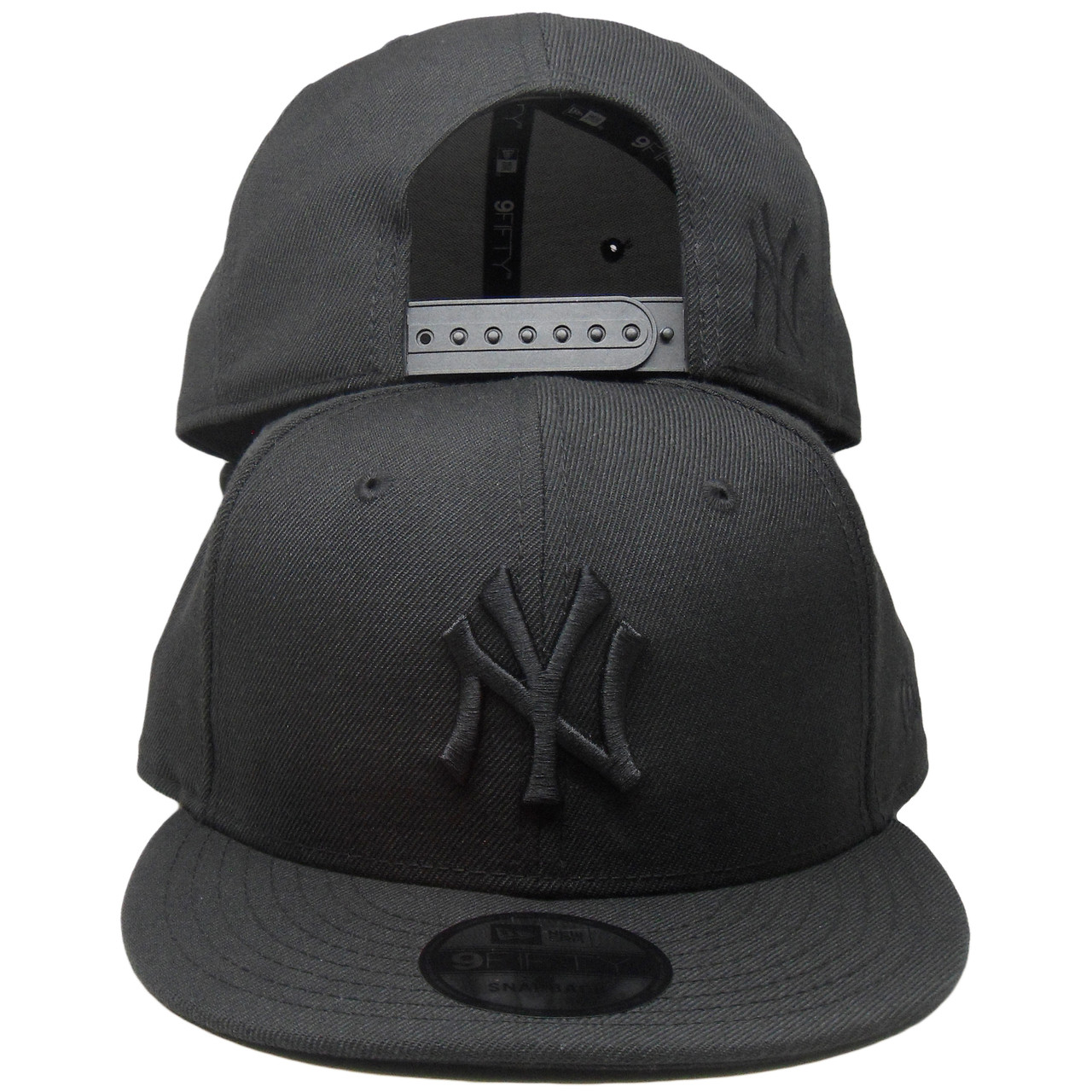 New York Yankees New Era Custom 9Fifty Snapback Hat - Black Tonal -  ECapsUnlimited.com 3b8c940e25d