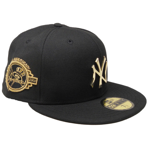 New York Yankees New Era Custom Metal Badge 59Fifty Fitted - Black, Gold