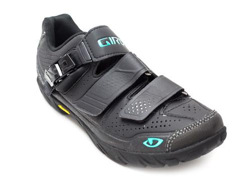 Giro Terradura Women's Mountain Bike Shoes Front RIght
