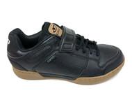 Giro Chamber Men's Mountain Shoe Right - Black Gum