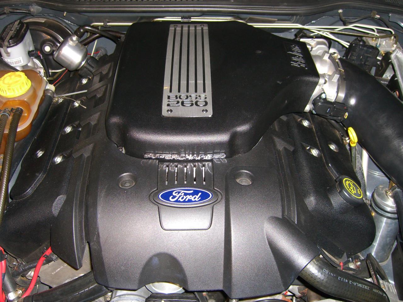 FORD V8 BOSS 5 4L HI-FLOW PLENUM LID (BLACK)