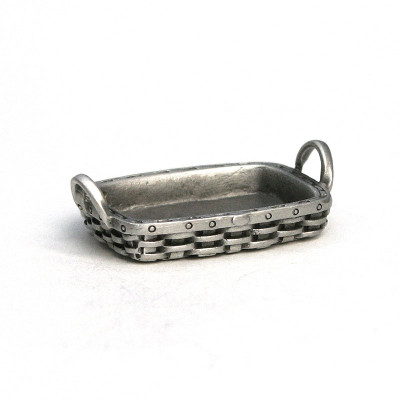 Fine Pewter Peterboro Serving Tray Basket