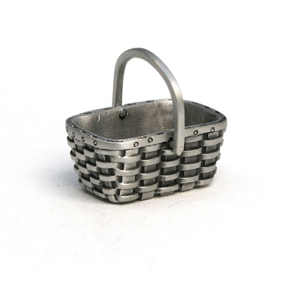 Fine Pewter Peterboro Harvester Basket