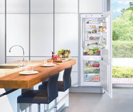LIEBHERR 279L INTEGRATED FRIDGE/FREEZER WITH BIOFRESH - SICBN3356