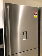 ELECTROLUX 530L FREESTANDING BOTTOM MOUNT FRIDGE - ICE MAKER AND WATER -  EBE5367SA EX DISPLAY*