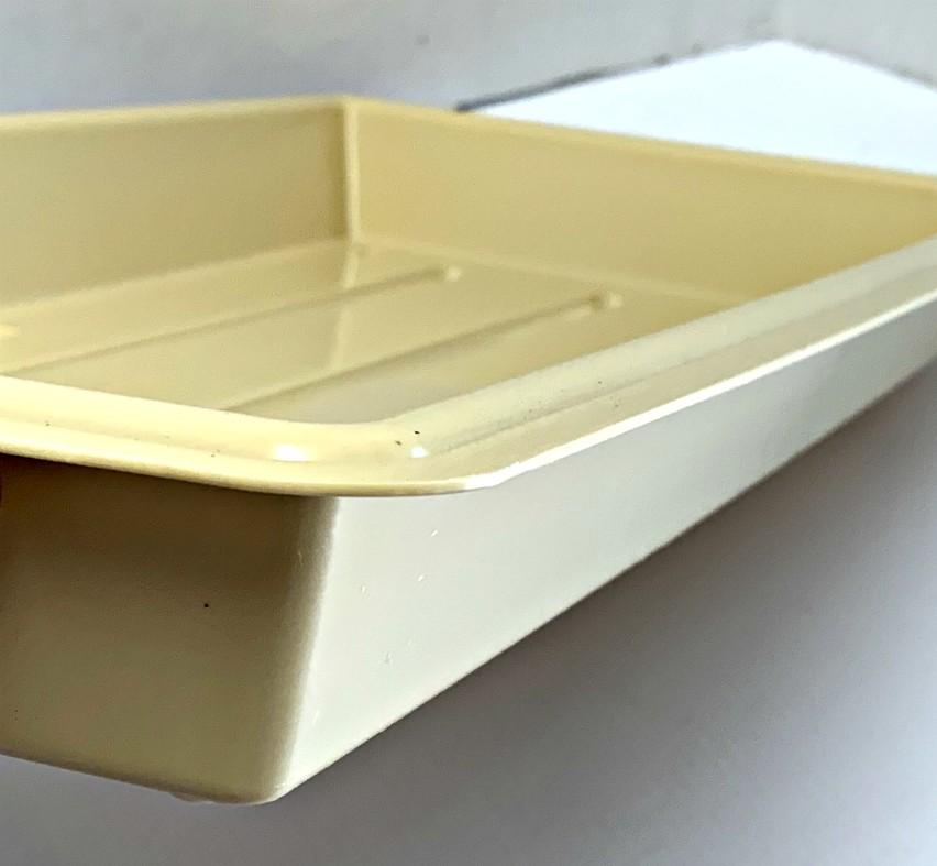 grower-tray-quality22x11-03.jpg
